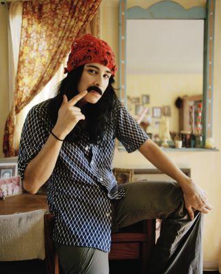 sarah-moustache